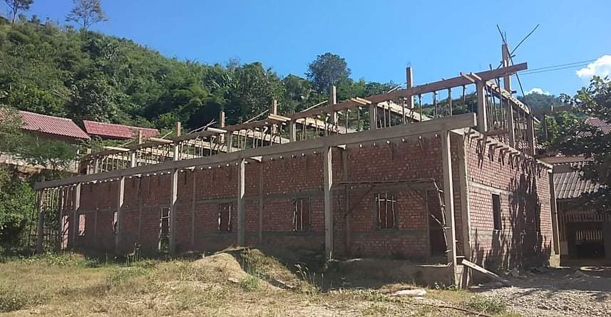Dormitory with upper structure beams